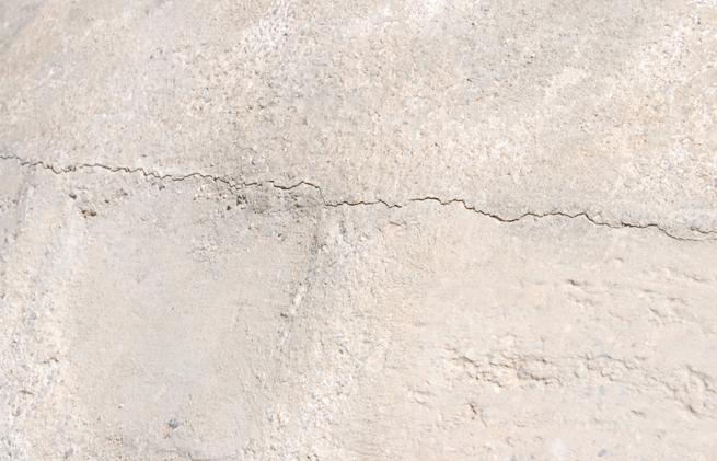hairline-crack