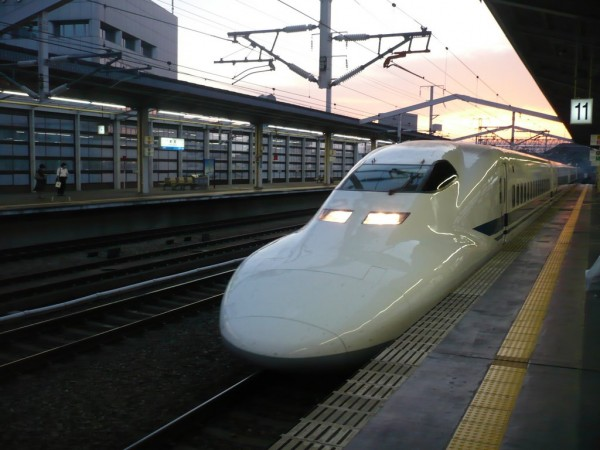 hikari-shinkansen